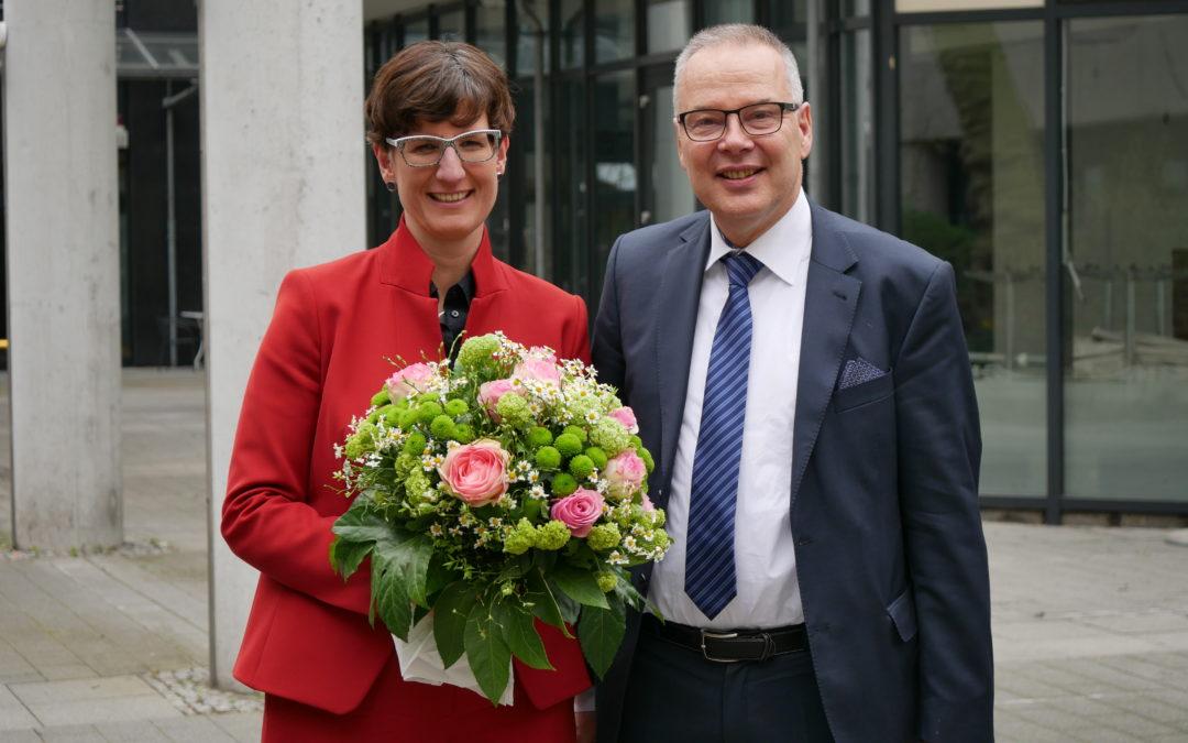 Wechsel im DEGEMED-Vorstand – Constanze Schaal wird Nachfolgerin von Bernd Petri