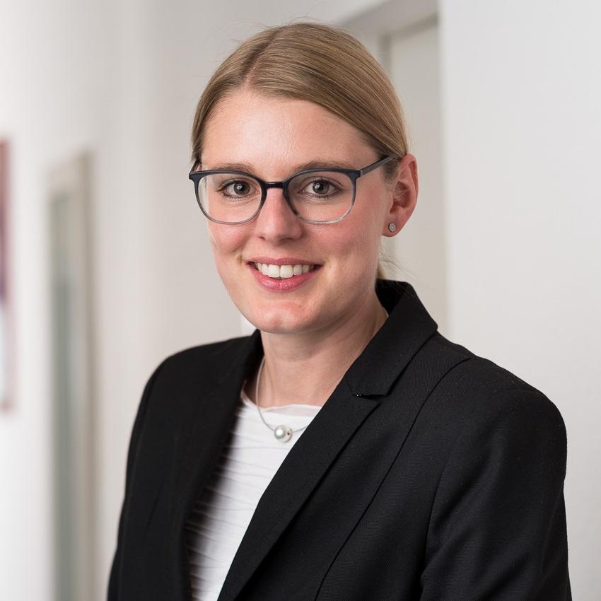 Dr. Verena Glöckner