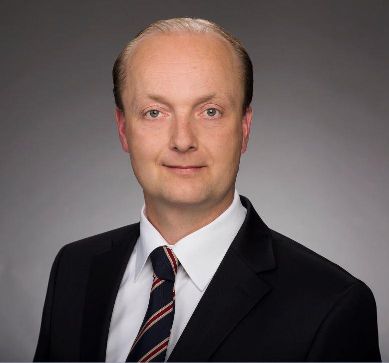 Dr. Maik Fischer